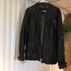 Black pleather jacket sz 2 (20/22)